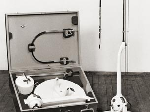 Clinical floor-standing drilling machine