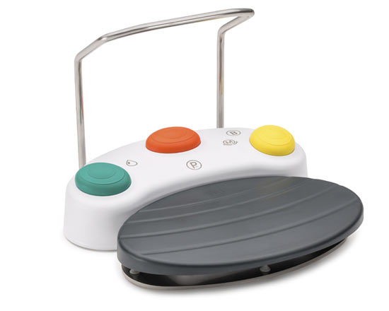 Wireless foot control