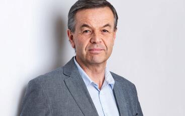Wolfgang Grüllenberger, MA