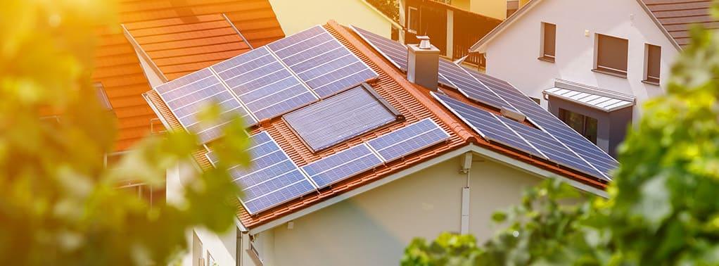 zonnepanelen op dak in belgie