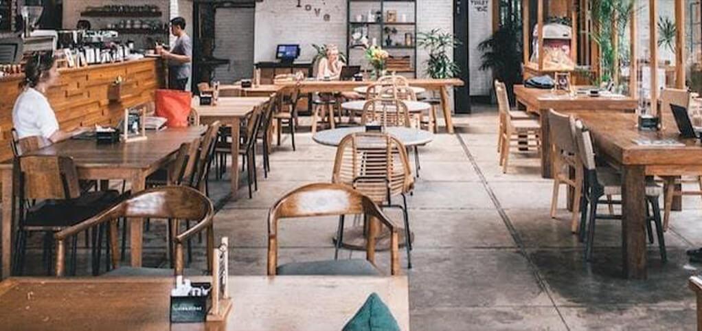 Restaurant met laadpaal