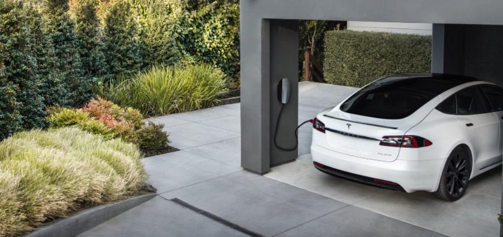 tesla superchargers duurder