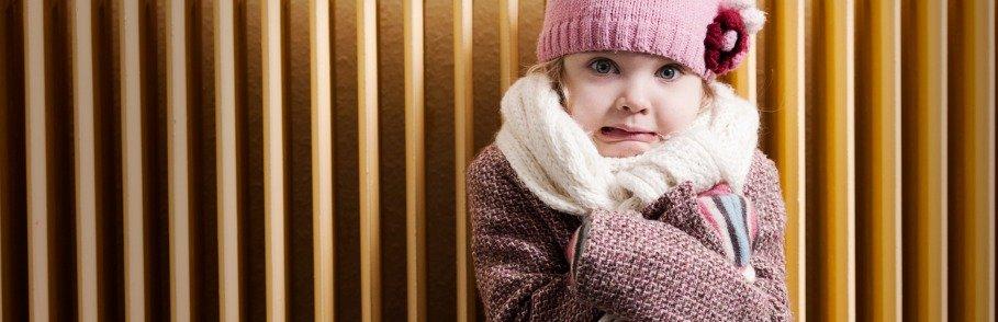 meisje voor verwarming