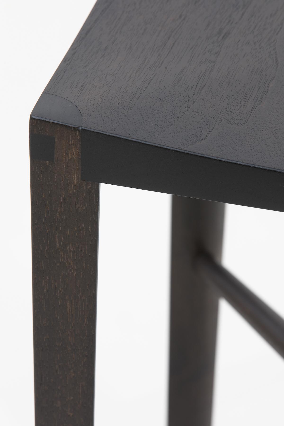 surface grain detail of a Backless Quarter Round Bar Stool by artist Christopher Kurtz