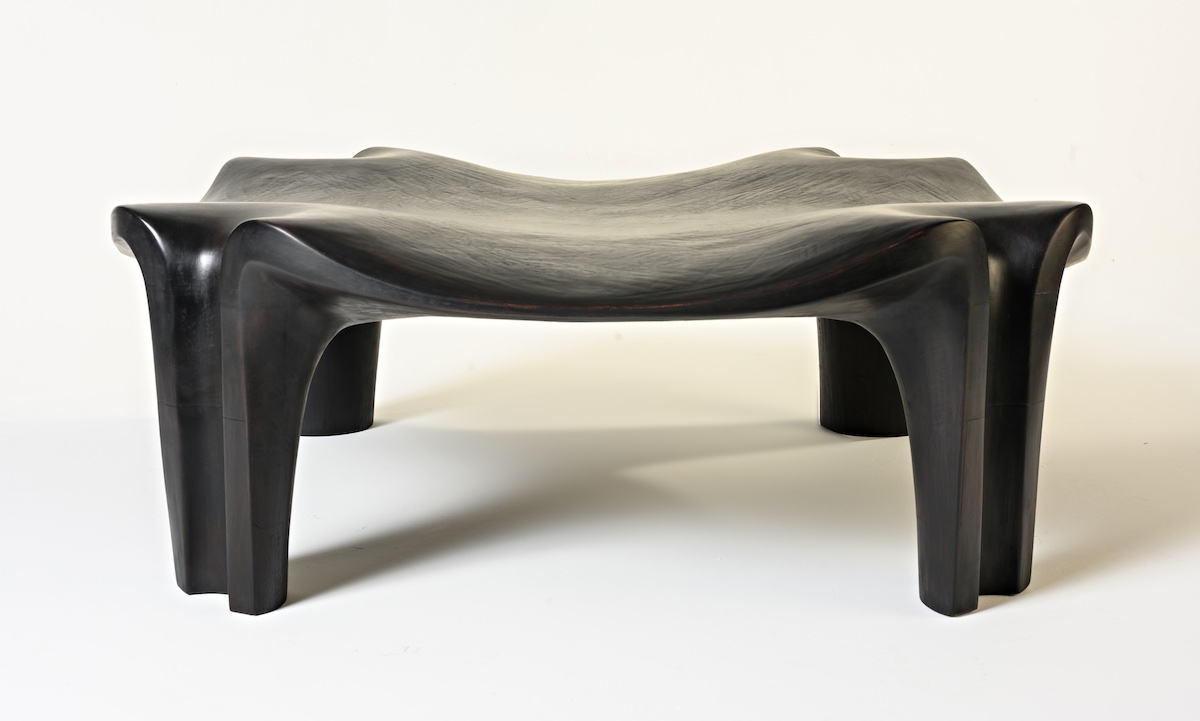 front view of the Thebes Bench by artist Christopher Kurtz