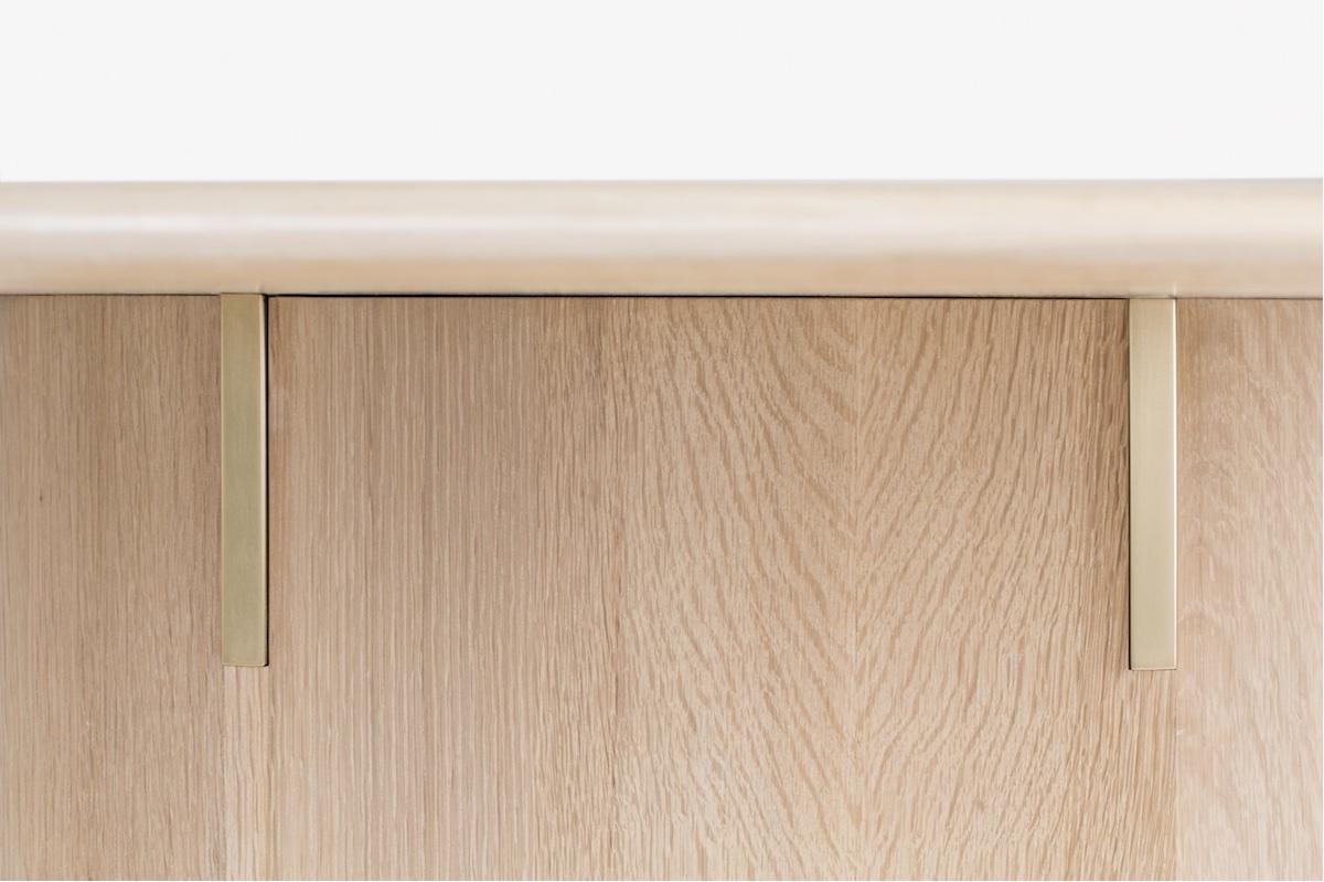 top side detail of an oak dining table by artist Christopher Kurtz