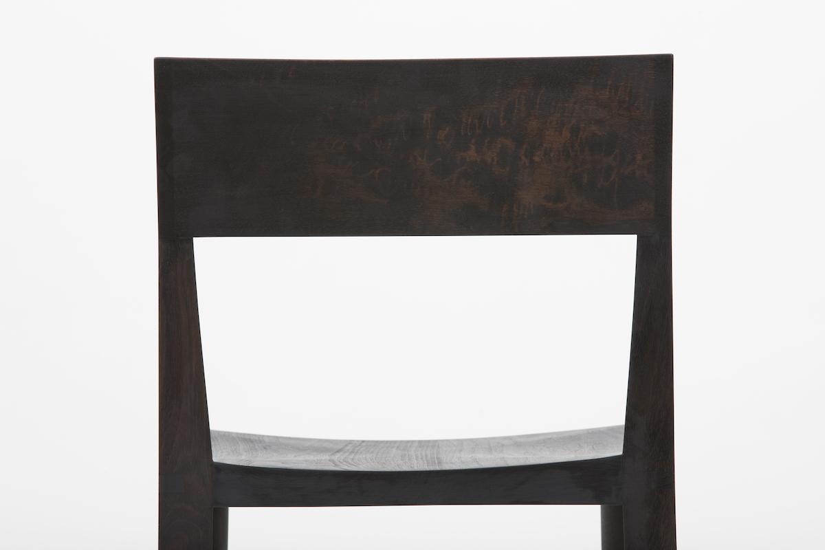 surface grain detail of a Quarter Round Bar Stool by Artist Christopher Kurtz