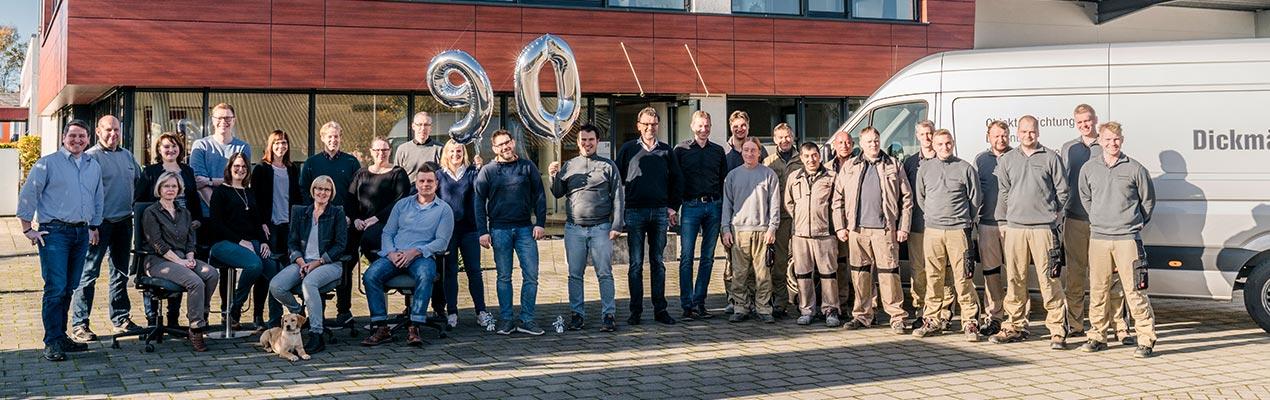 Team Foto zum 90. Jubiäum