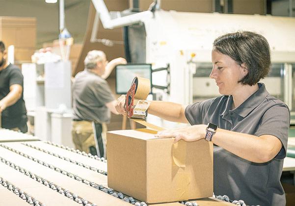 Lieferung und Verpackung bei schrankwerk