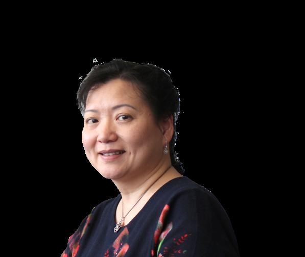 Claudia Ng Headshot