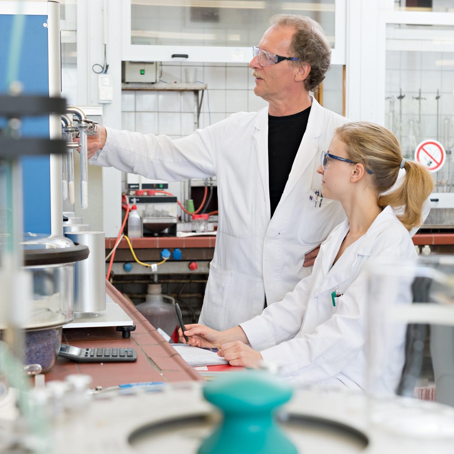 Naturwissenschaftliche & technische Berufe