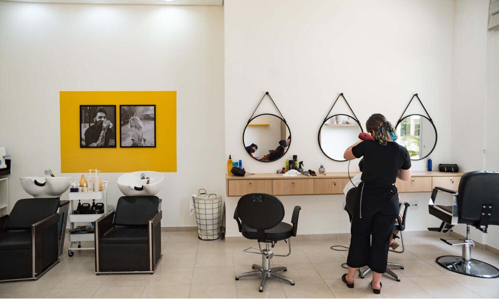 Condomínio Collori - Manicure e Pedicure, Barbeiro, Cabeleireiro, Design de Sobrancelhas, Depilação, Estética Corporal e Facial