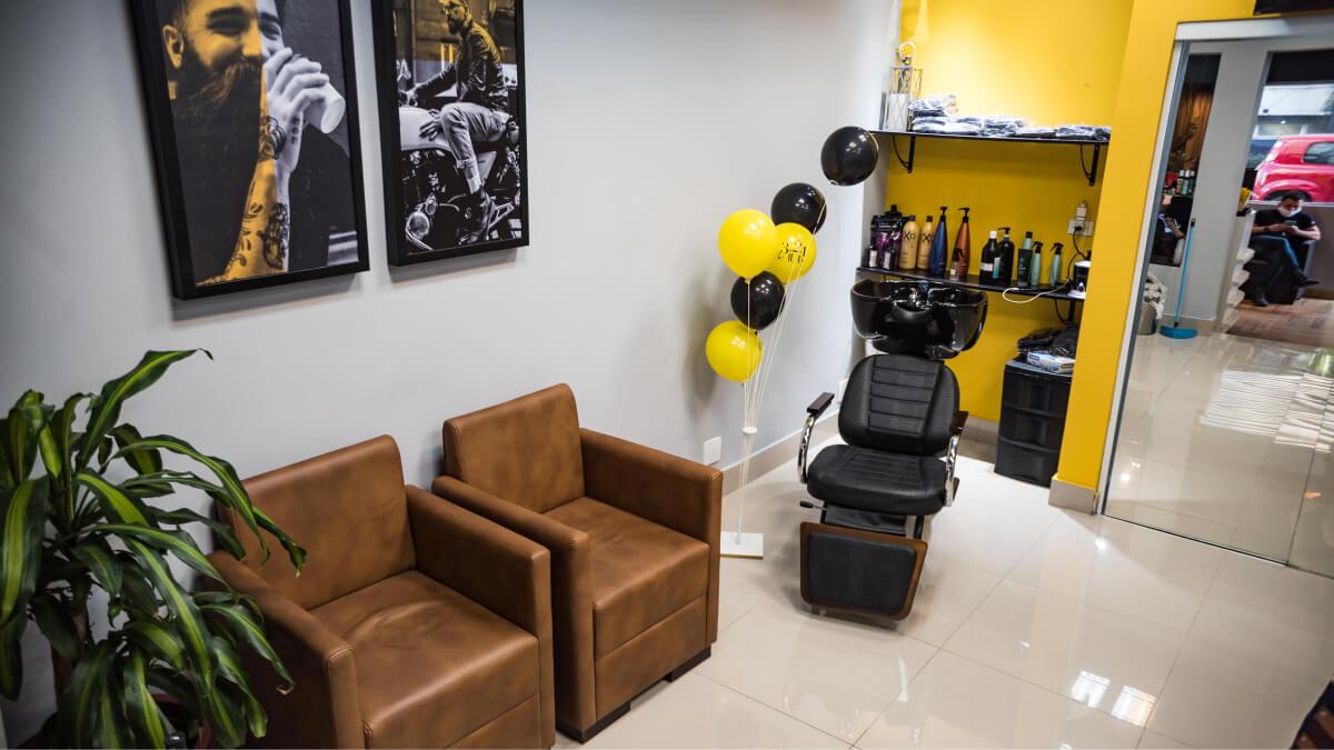 Barbers Loeftgreen - Barbeiro, Depilação Masculina, Massagem Relaxante, Corte Masculino, Estética Corporal e Facial Masculino, Manicure e Pedicure Masculino, Design de Sobrancelhas Masculino