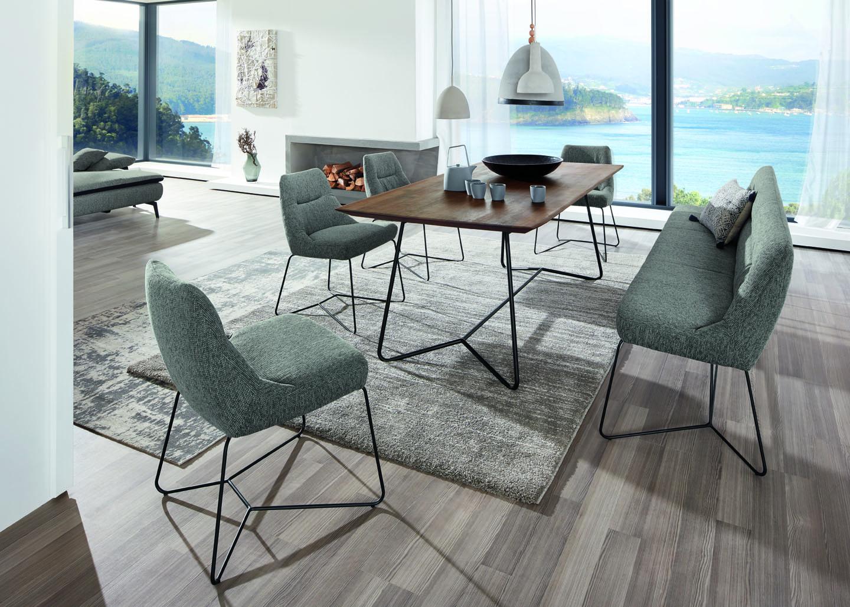 neue tischmanieren lounge feeling und chillout area die sterreichische m belindustrie www. Black Bedroom Furniture Sets. Home Design Ideas