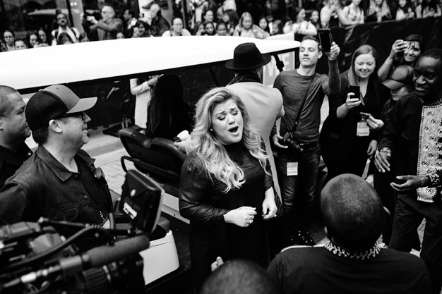Kelly Clarkson backstage at WE Day.