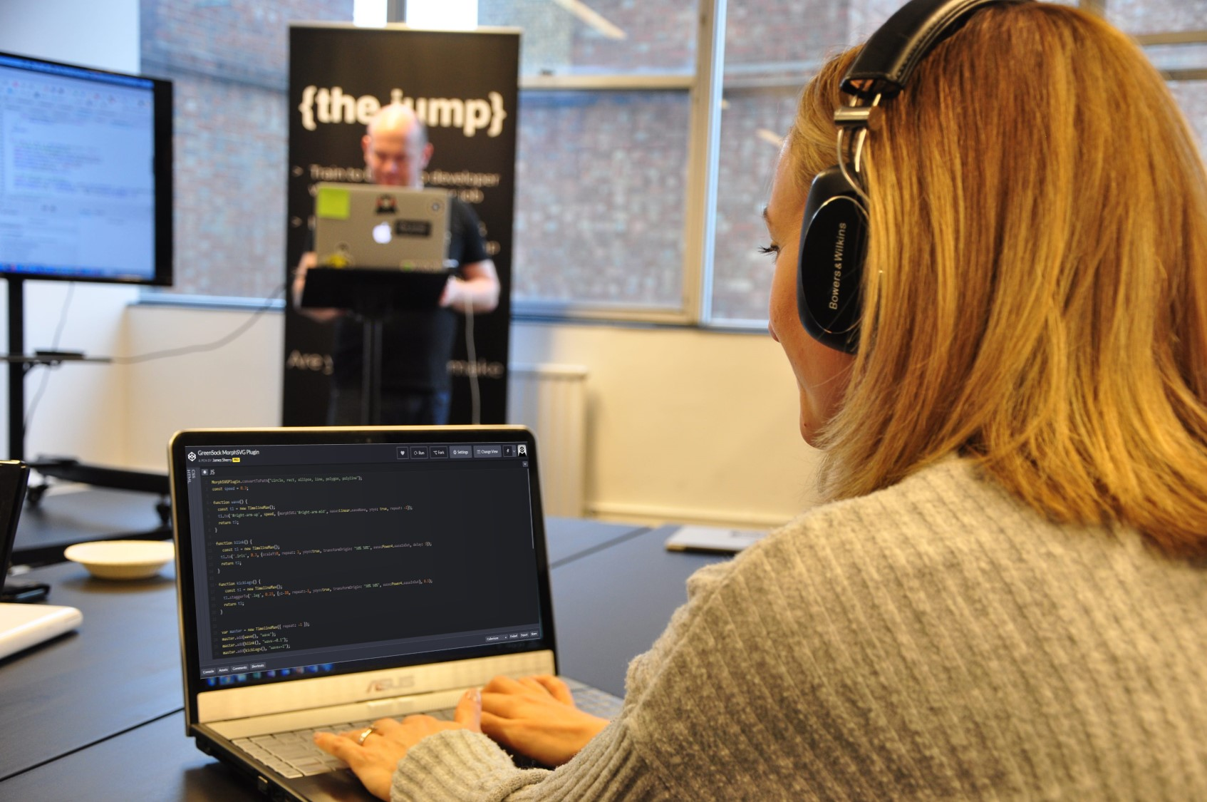 Coding bootcamp London, become a professional front-end web developer
