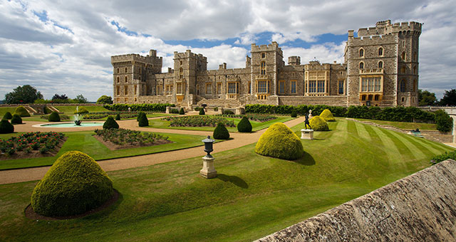 windsor castle in england on a partially cloudy day