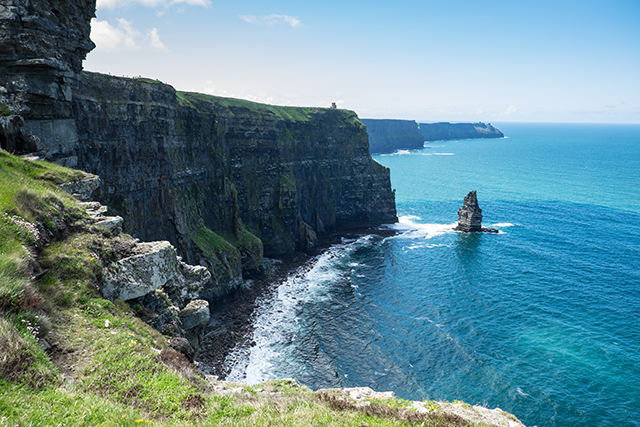 coast along the cliffs of moher in ireland