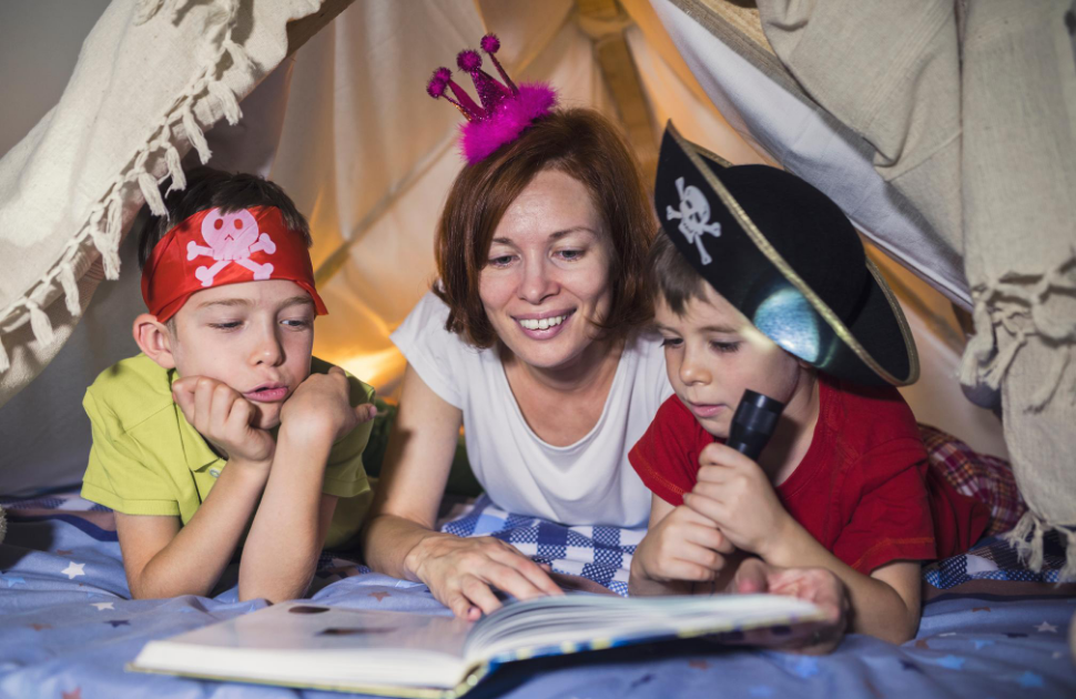 Storytime at Home with Robinsons