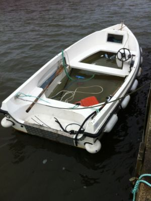 Boat engine stolen in clontarf