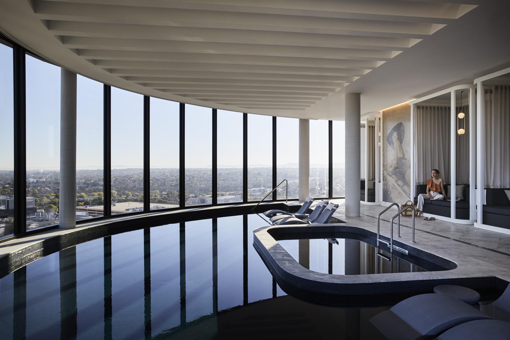 Pool, Level 12