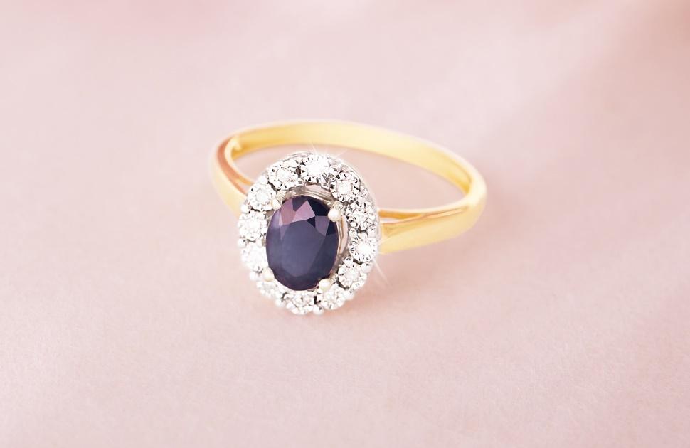 Bevilles Jewellers: 20%-50% Jewellery Sale