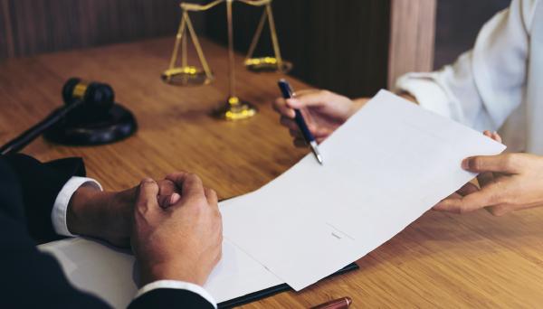 Do I Need a Labor Lawyer? - Deputy