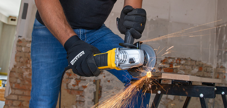 Powerplus angle grinder