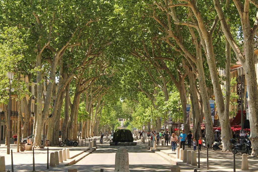 Le Cours Mirabeau à Aix