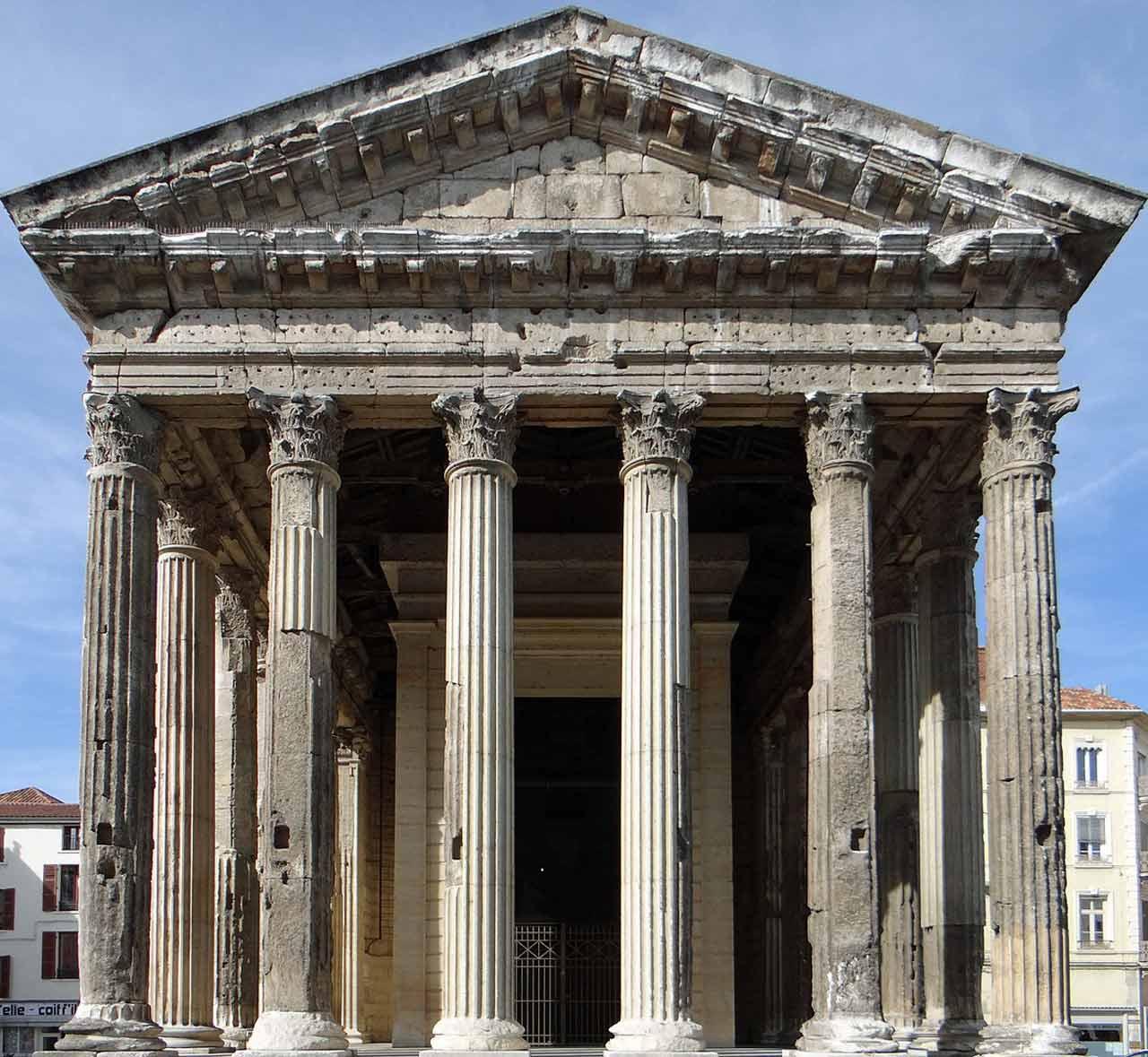 Le Temple d'Auguste et Livie