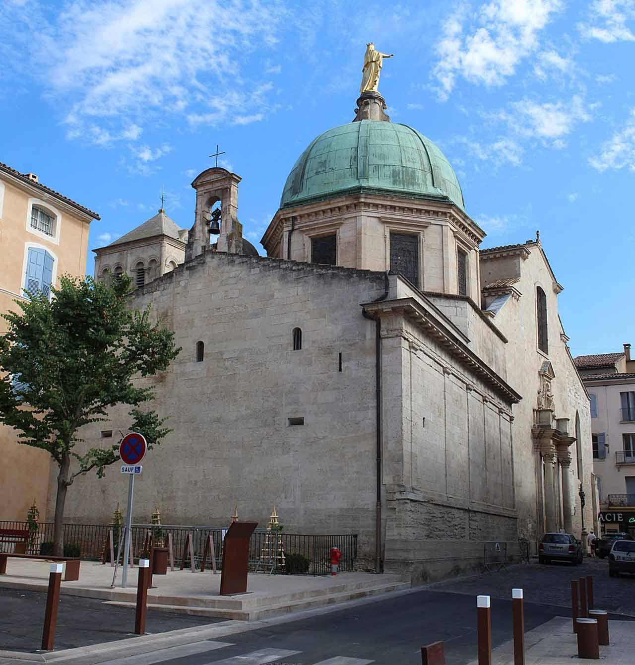 Cathédrale Sainte-Anne d'Apt