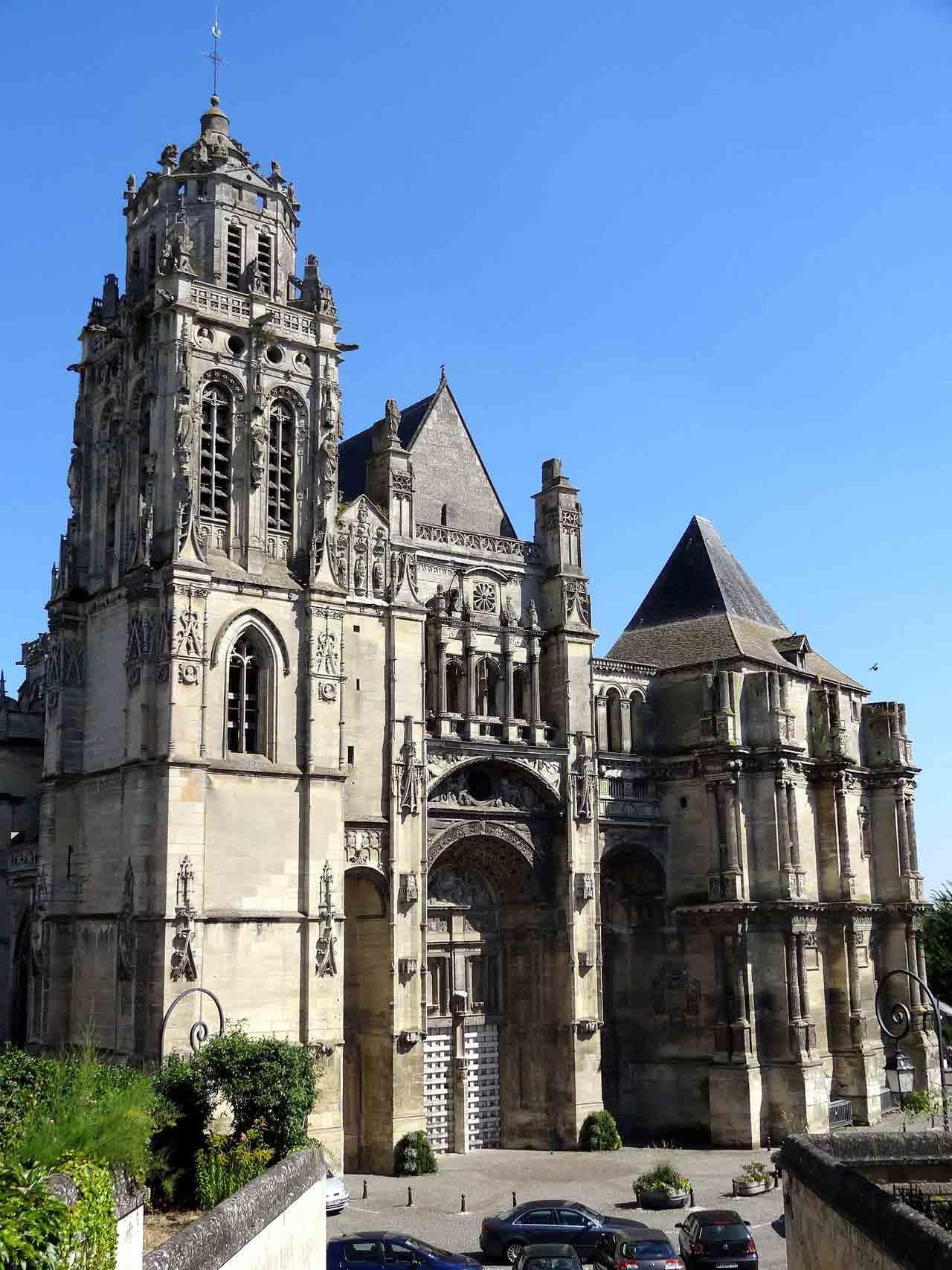 Collégiale Saint-Gervais-Saint-Protais