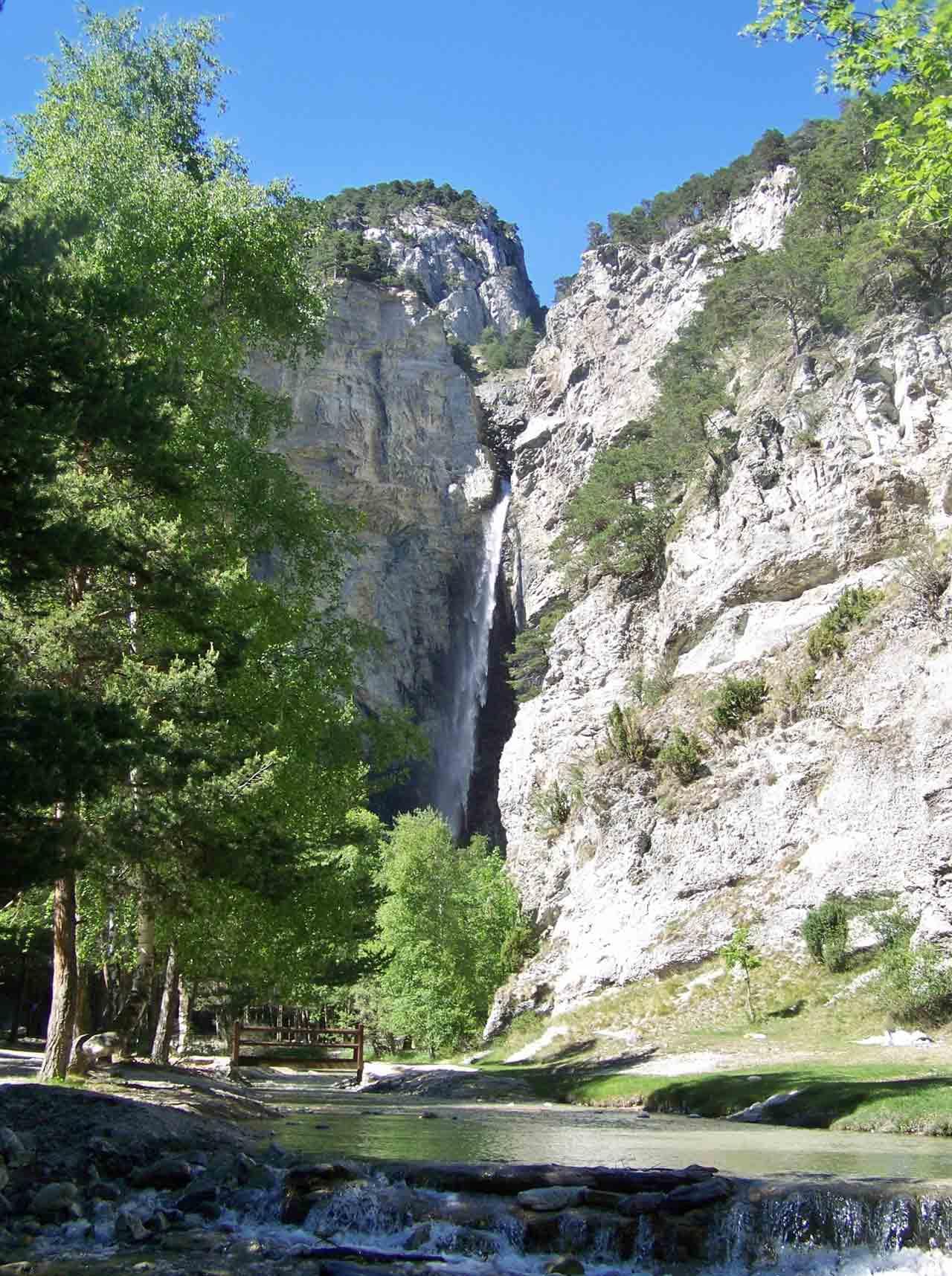 La cascade St-Benoit, Savoie
