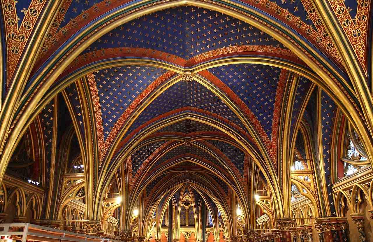 Sainte Chapelle de Paris dans le Palais de Justice