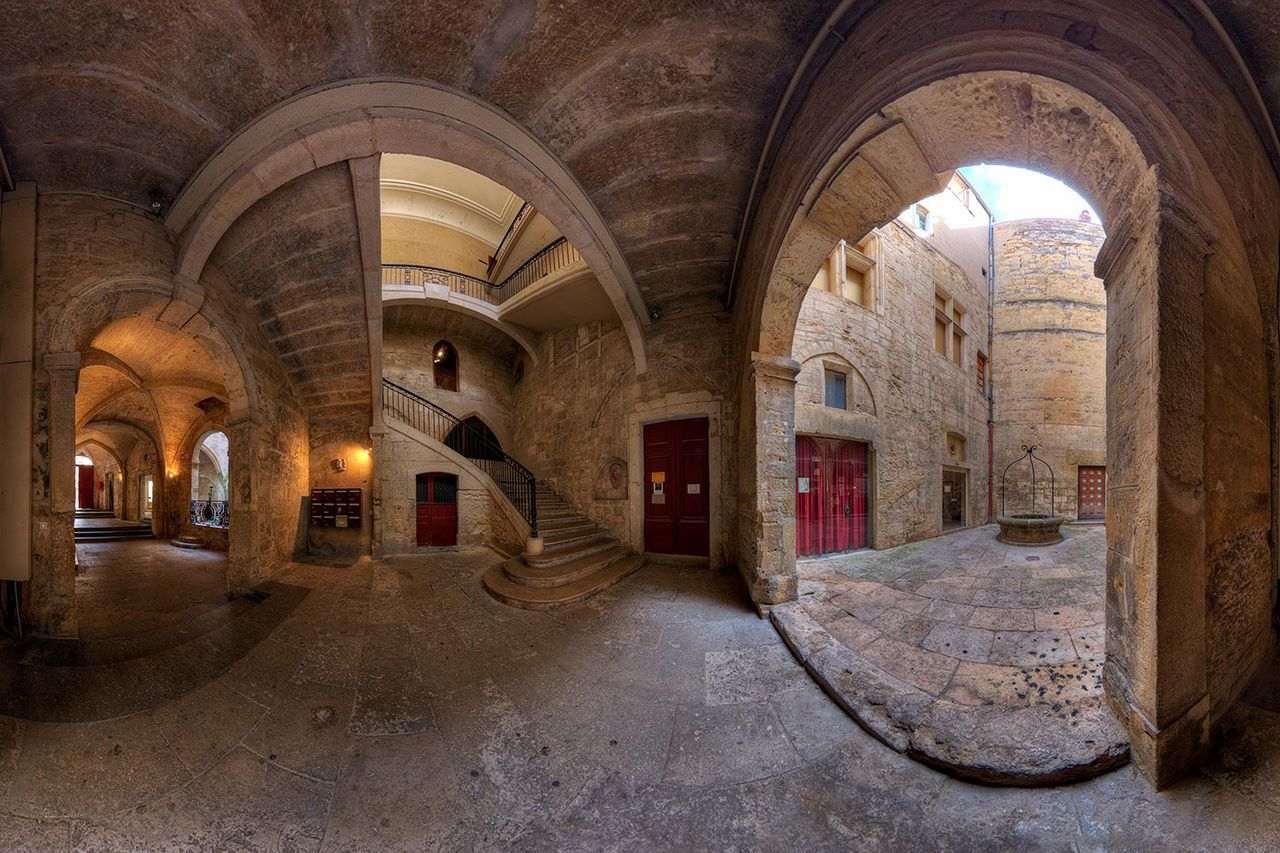 Hôtel de Varenne dans le Vieux Montpellier