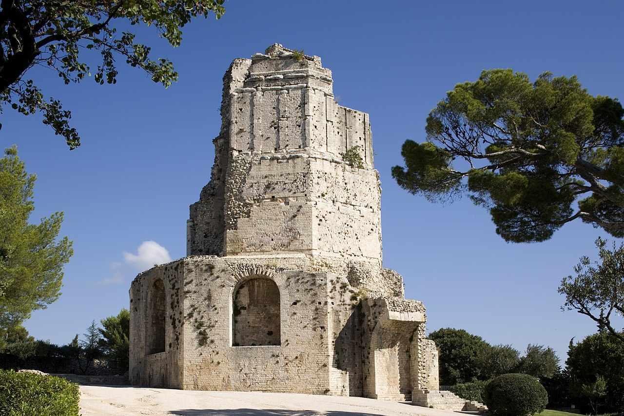 La tour Magne à Nimes