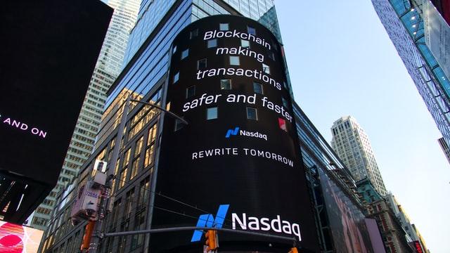 building-trading-nasdaq-blockchain