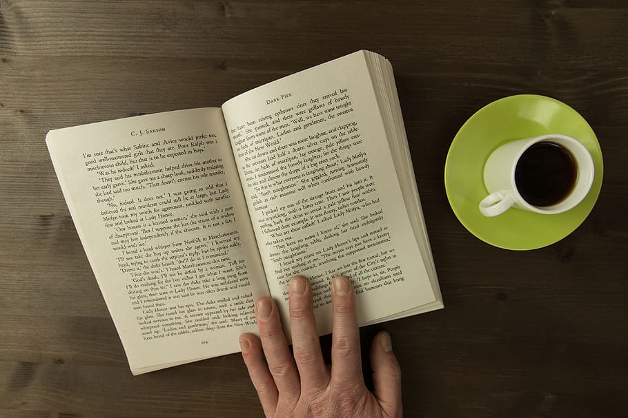 10 must-read books to move your customer support career forward