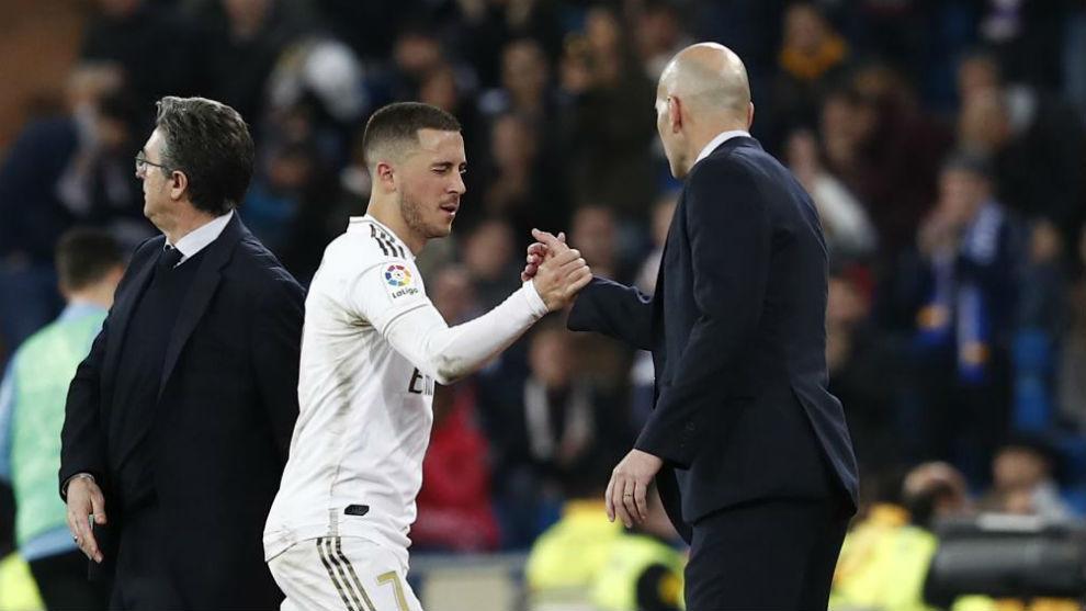 Zidane mima a Hazard