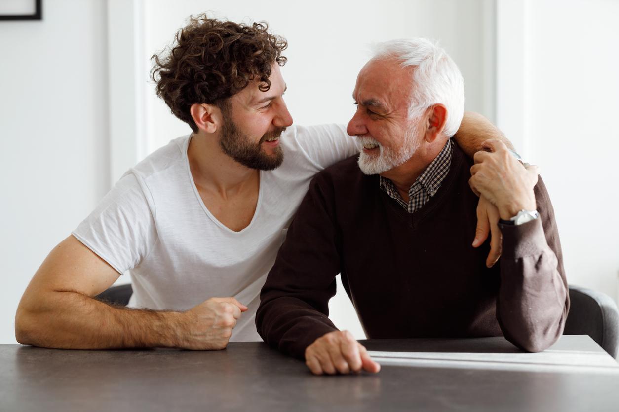 Wohnung geerbt: Vater und Sohn