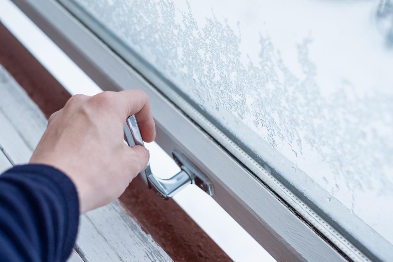 Klare Fenster im Winter: Regelmäßiges Stoßlüften
