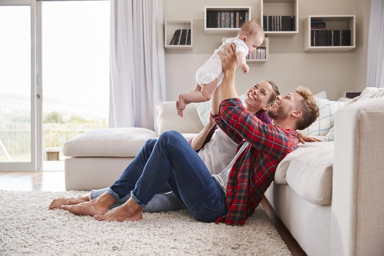 Eine umfangreiche Baby-Erstausstattung erleichtert den Alltag