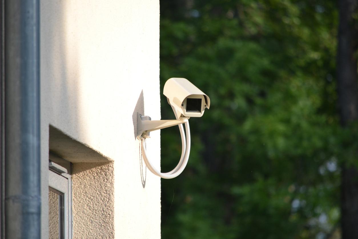 Baumaßnahmen, die den Einbruchschutz verbessern, können in der Eigentümergemeinschaft künftig leichter umgesetzt werden.
