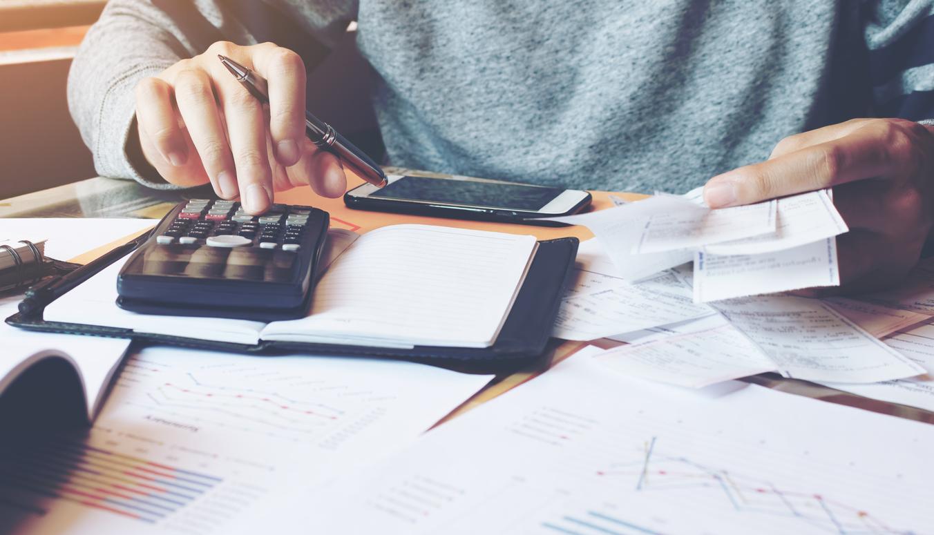 Handwerkerrechnung angeben und Steuer-Vorteile erhalten.