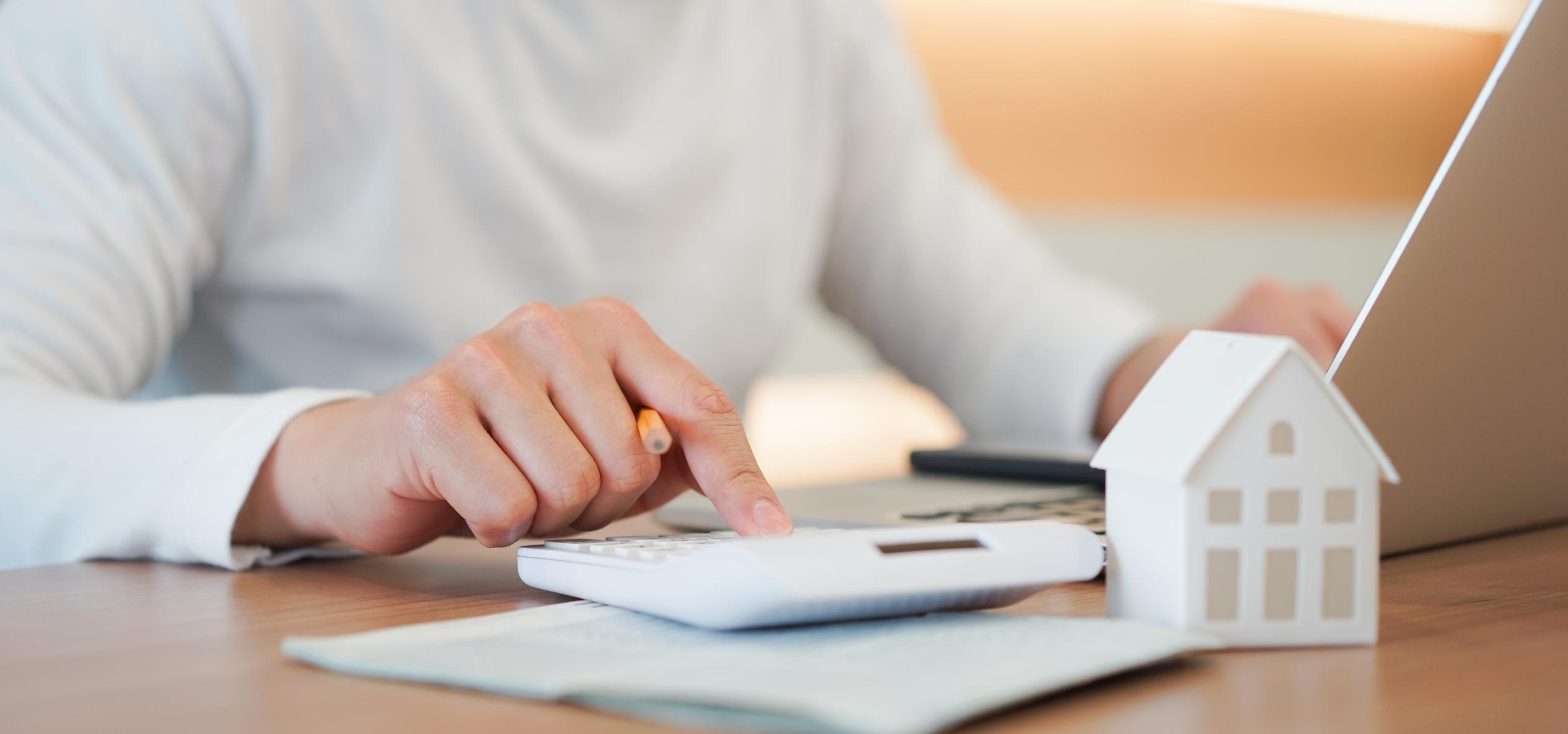 Hausverkauf: Steuern berechnen