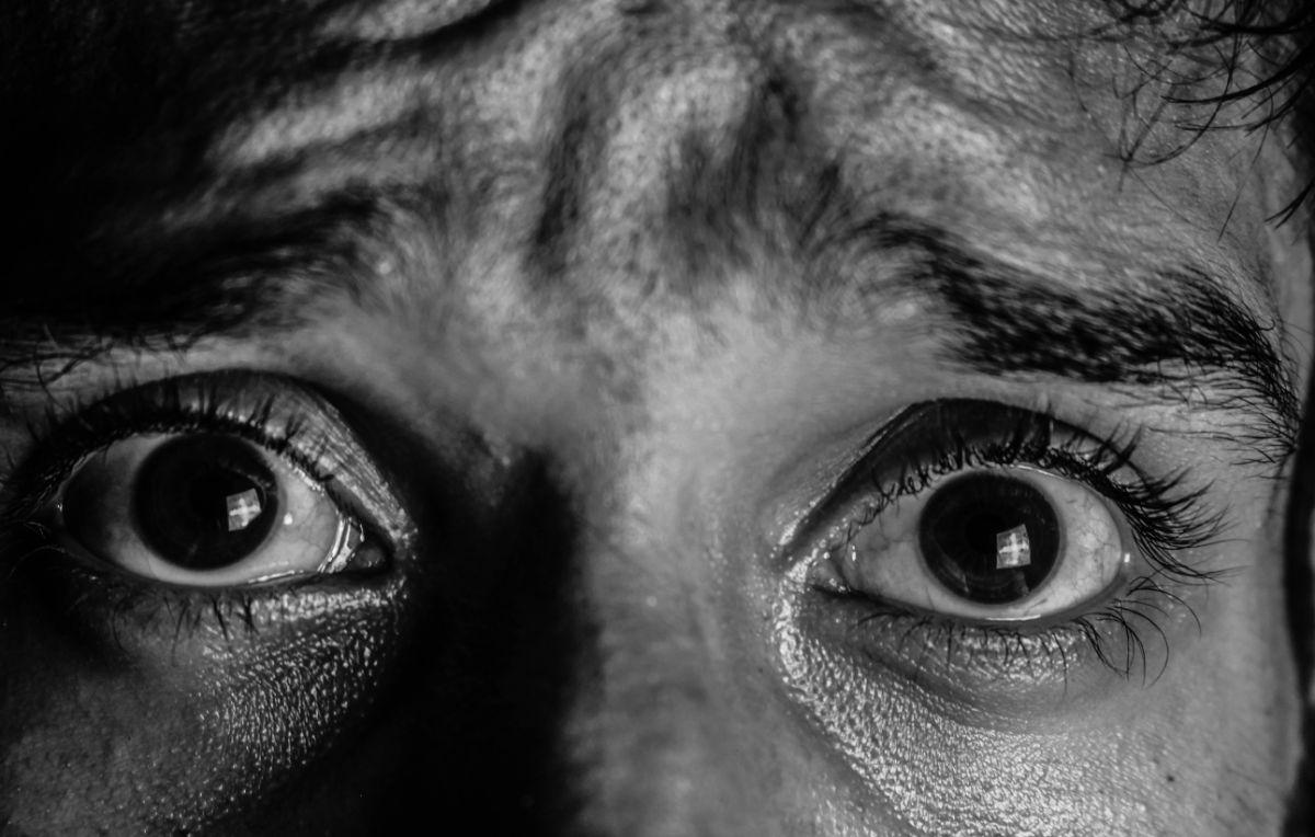 black-and-white-close-up-eyeball-2011311.jpg