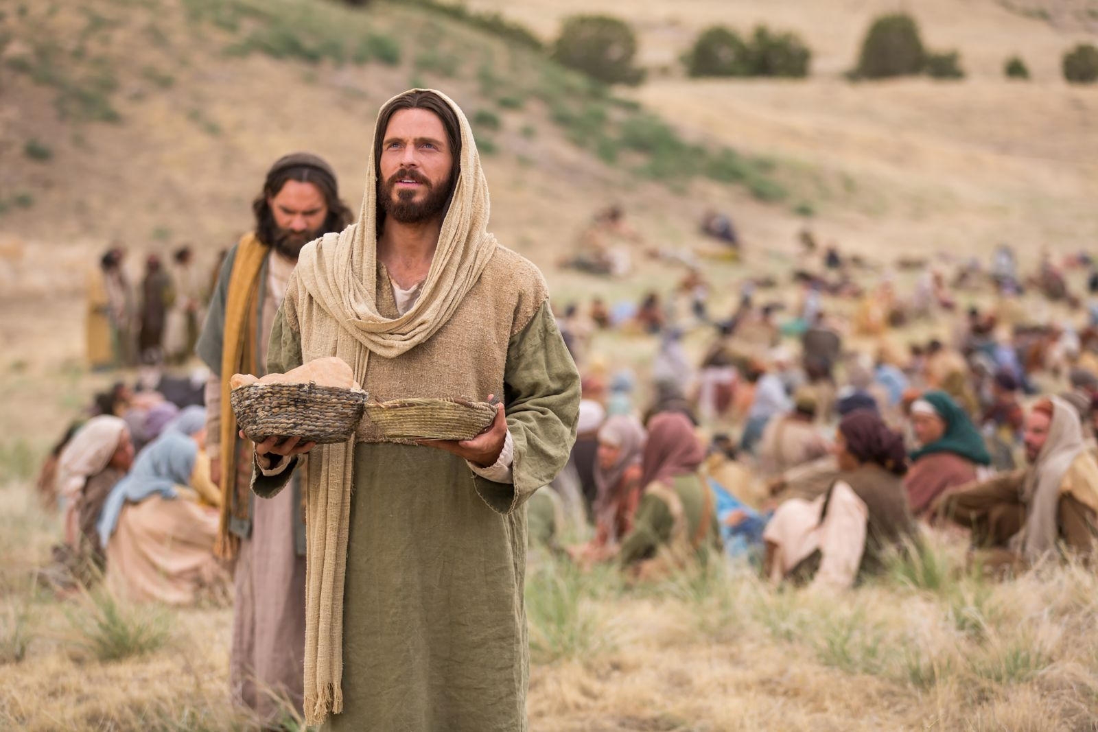 miracles_of_jesus_feeding_5000.jpeg