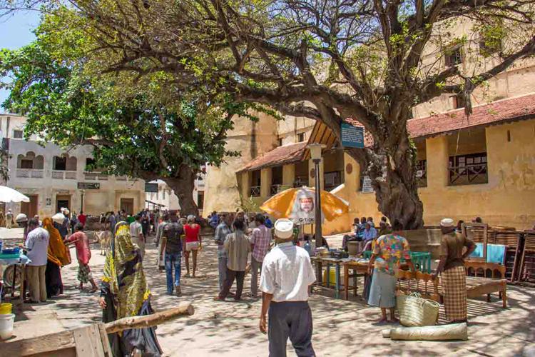 Lamu-Market-Square.jpg