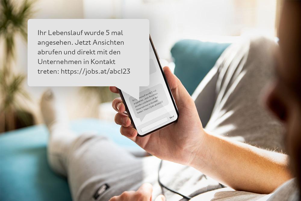 websms - SMS-Nachricht von Jobbörse: Ihr Lebenslauf wurde 5 mal angesehen. Jetzt Ansichten abrufen.