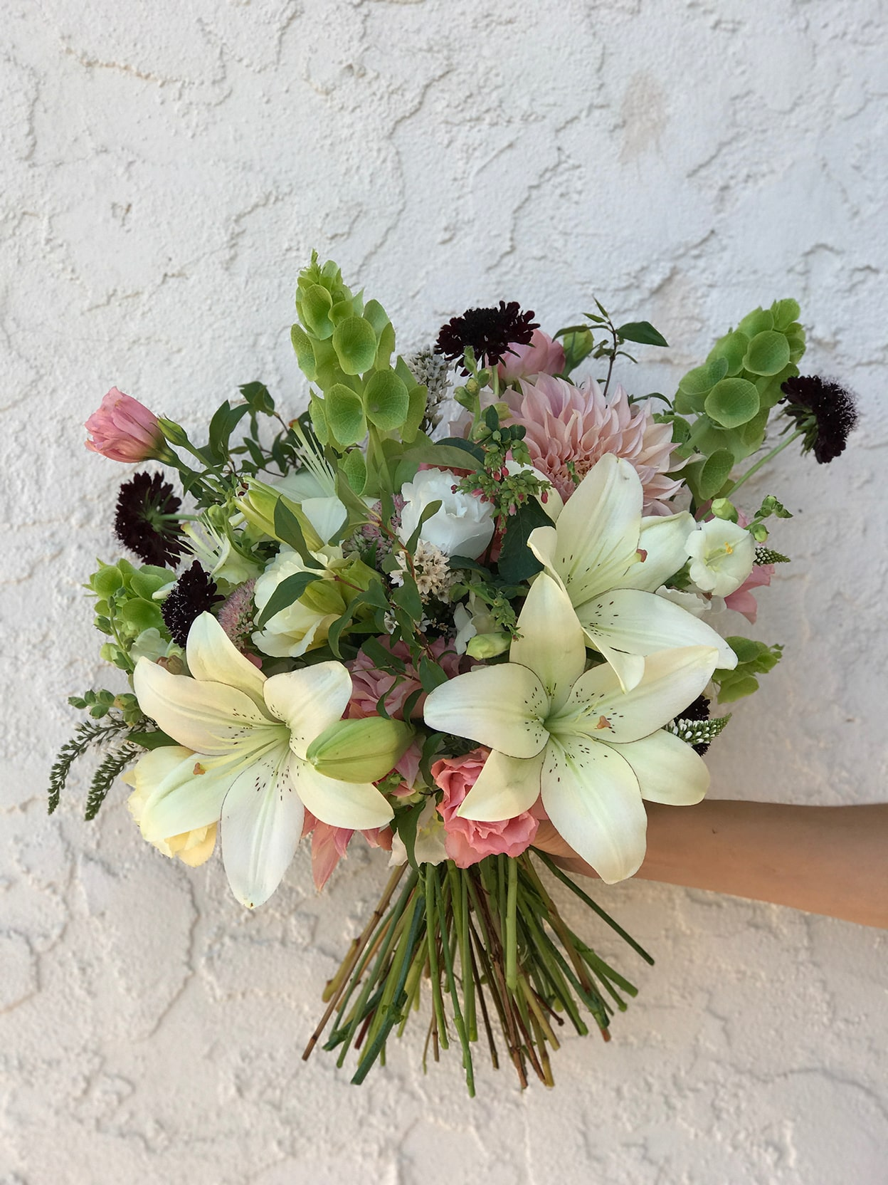 How to know if DIY wedding flowers are for you
